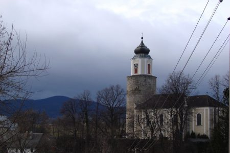Zulova- kościół w centrum