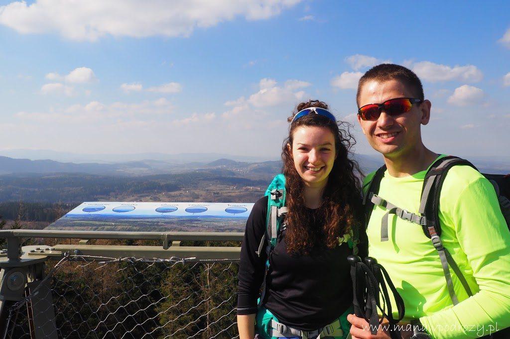 Widok z wieży widokowej na Borowej Górze