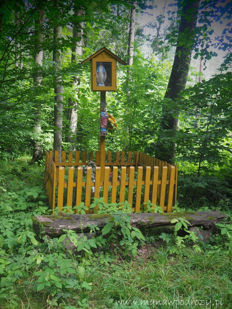 Kapliczka w Lesie Prudnickim