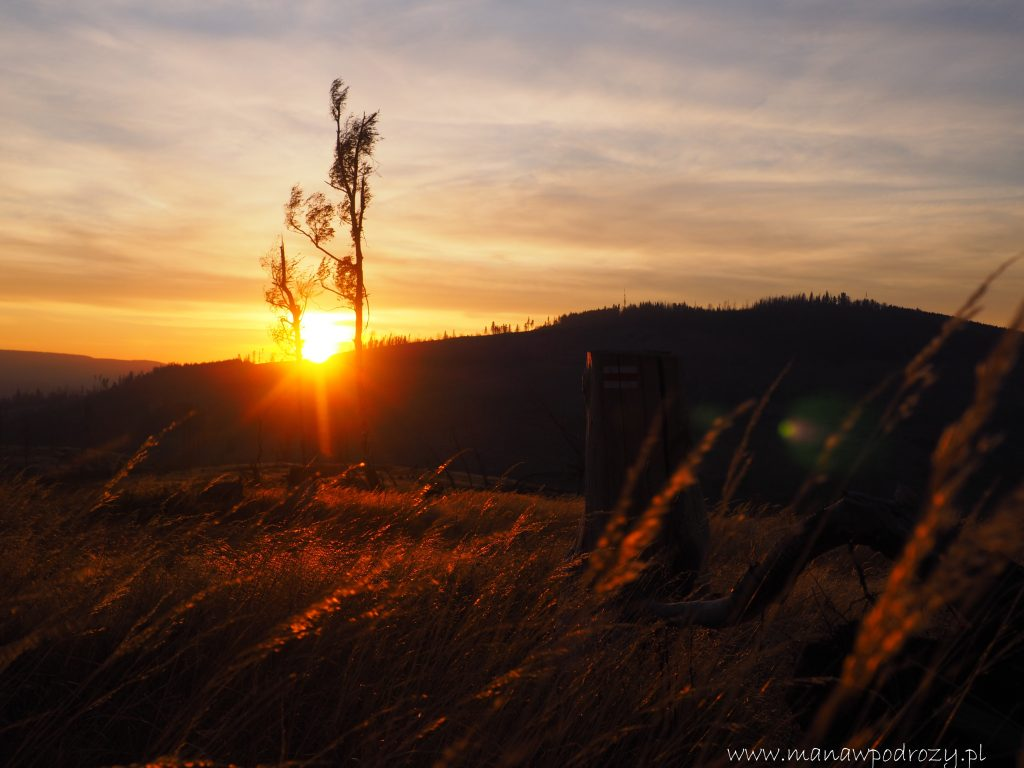 Zachodzące Słońce