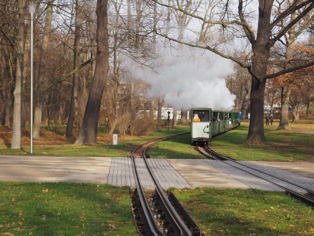 Kolejka wąskotorowa w Großer Garten