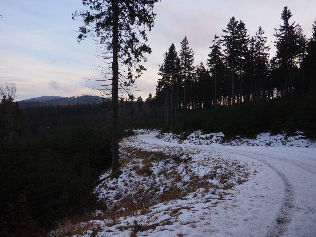 W stronę Przełęczy Jugowskiej