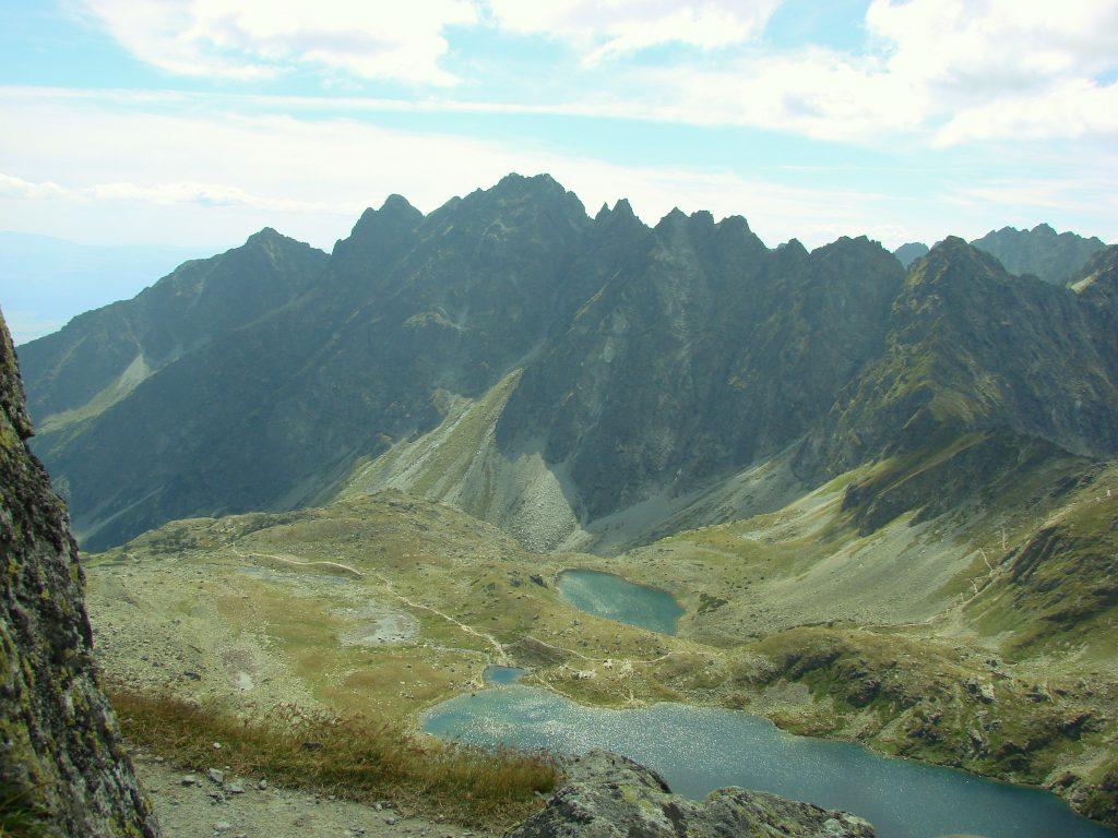 Widok na Dolinę Hińczową z Przełęczy pod Chłopkiem