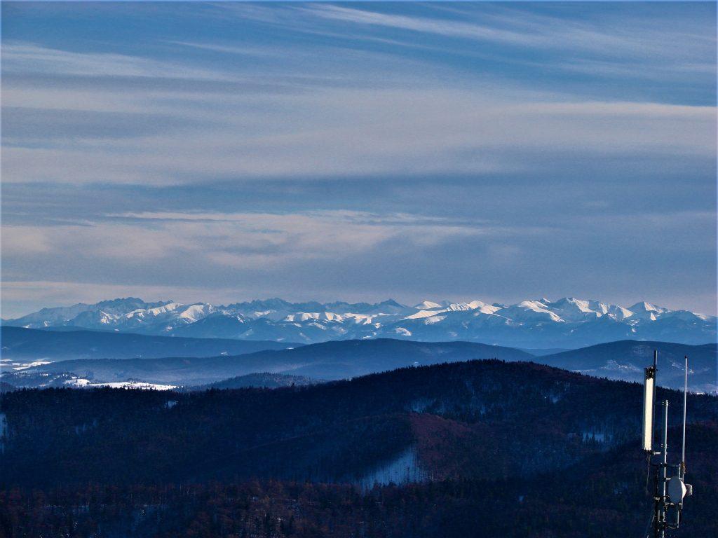 Widok na Tatry z Wielkiej Raczy