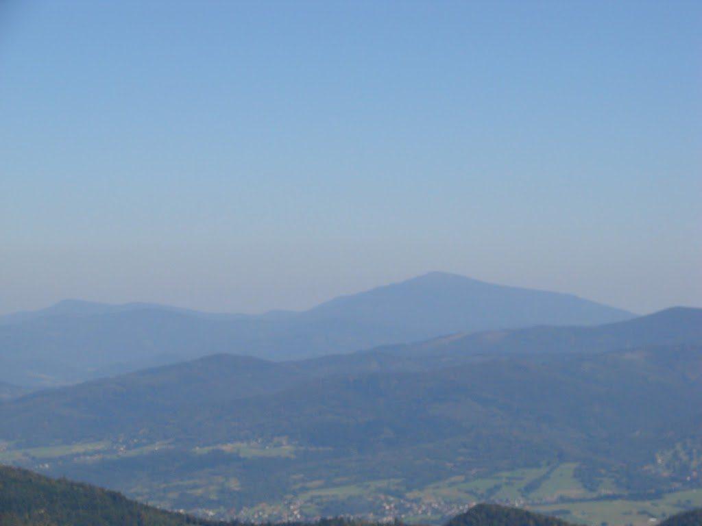 Widok z Baraniej Góry na Babią Górę