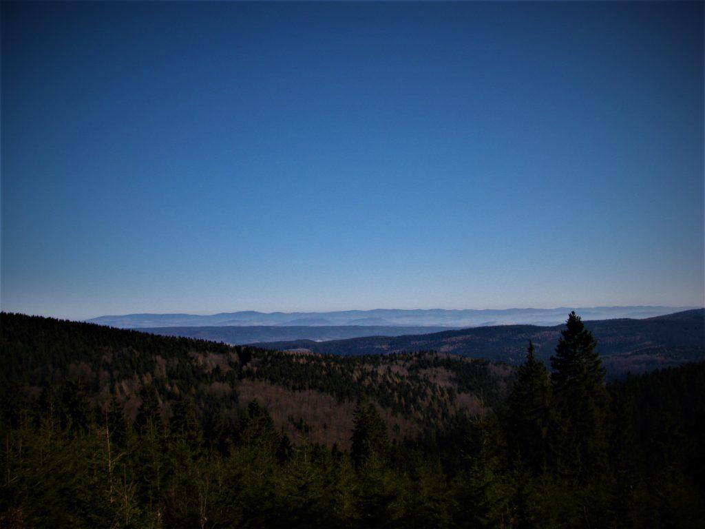 Widok na Kotlinę Kłodzką i okoliczne szczyty