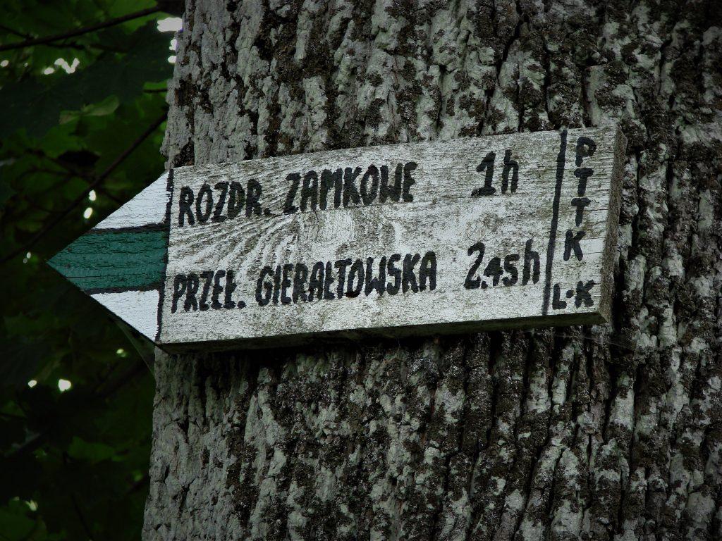 W kierunku wsi Karpno