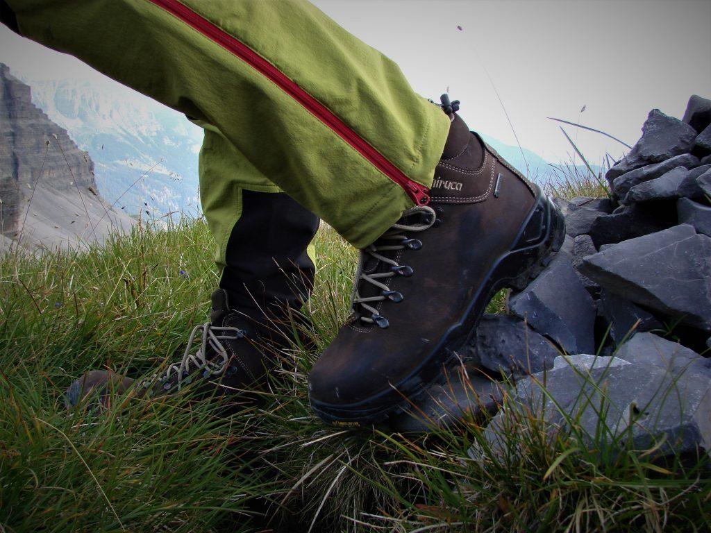 Wysoka trawa i śliska skała nie były straszne Chiruca Cares