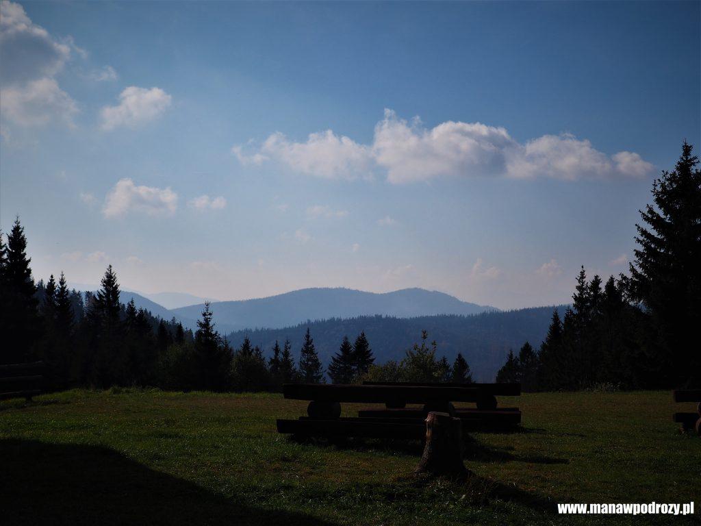 Panorama na Worek Raczański z Krawców Wierch