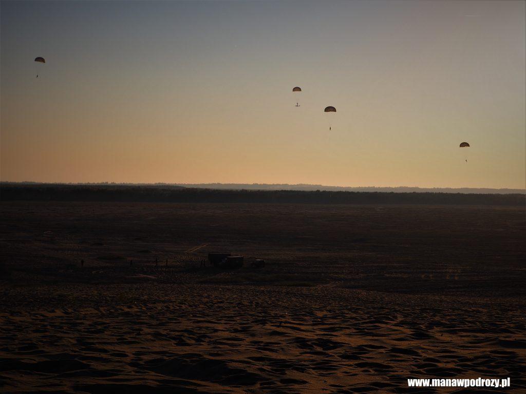 Desant na pustyni