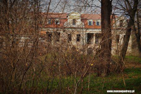 Pałac w Bobrku
