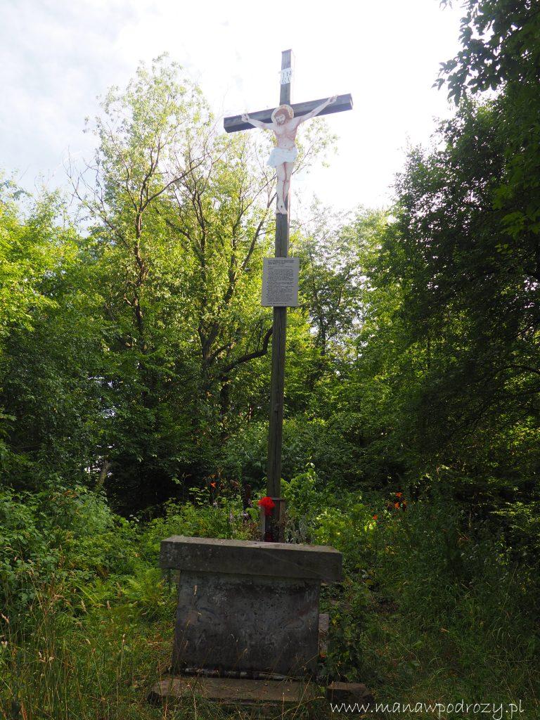 Krzyż na szczycie Kaplicznej Góry