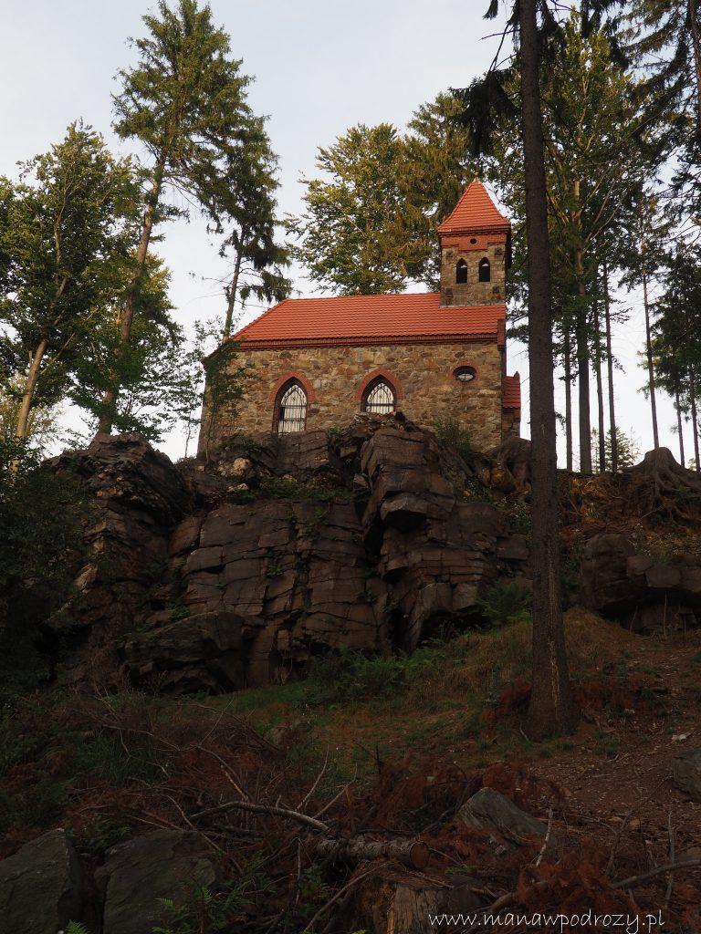 Kaplica św. Anny nad Wiszącymi Skałami
