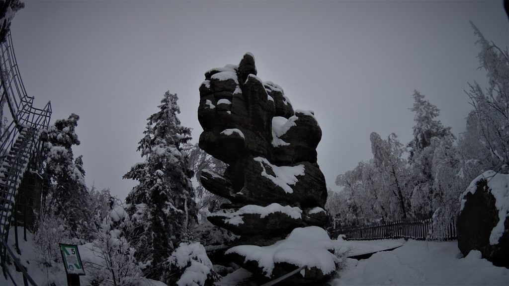Formacja skalna przy Fotelu Pradziada
