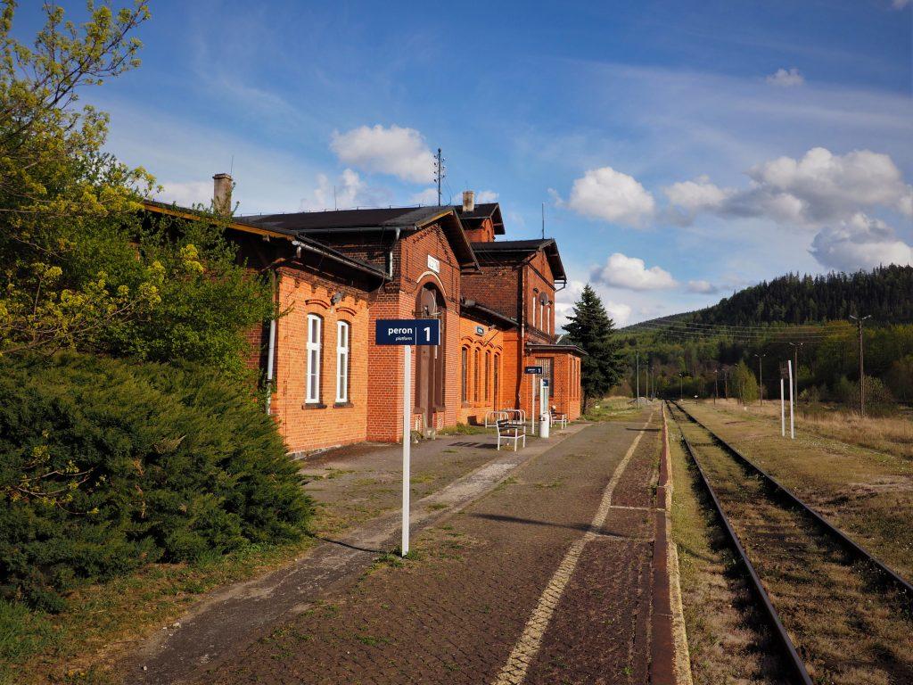 Dworzec PKP w Szczytnej