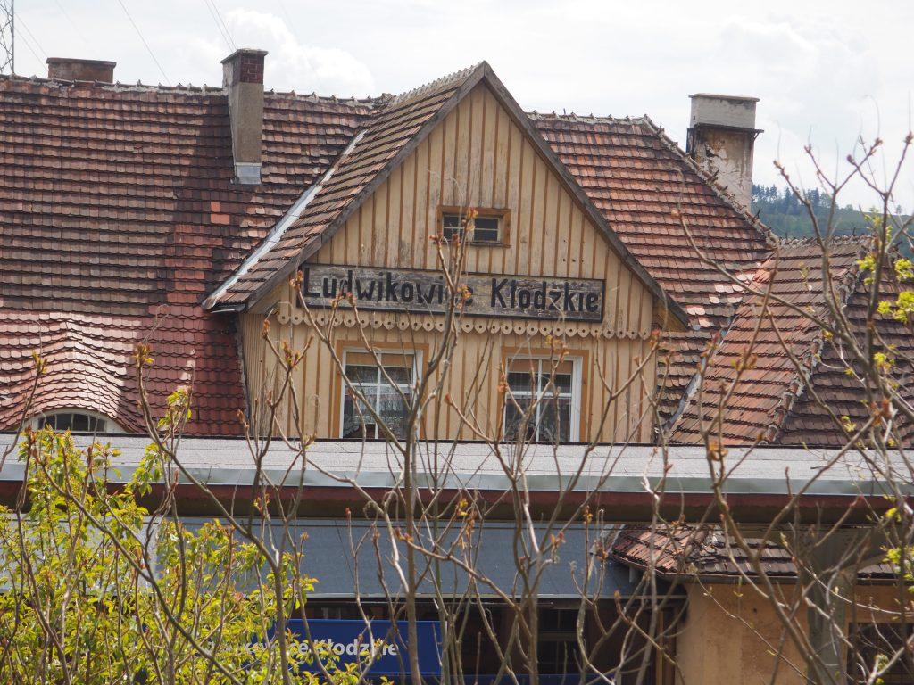 Dworzec PKP w Ludwikowicach Kłodzkich