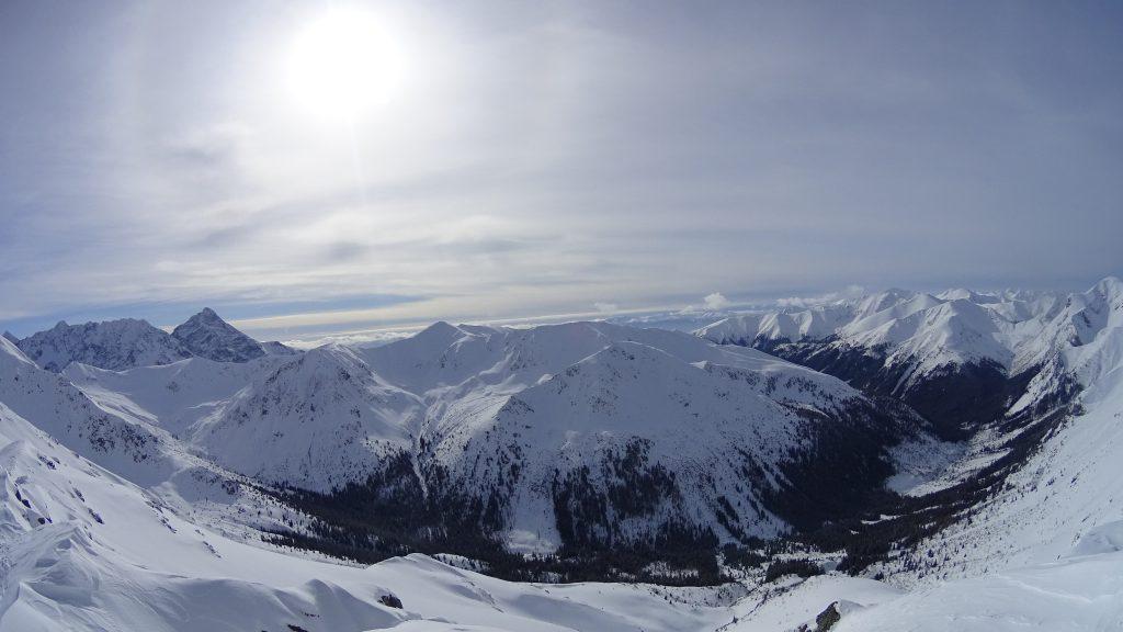 Panorama ze szczytu Beskid