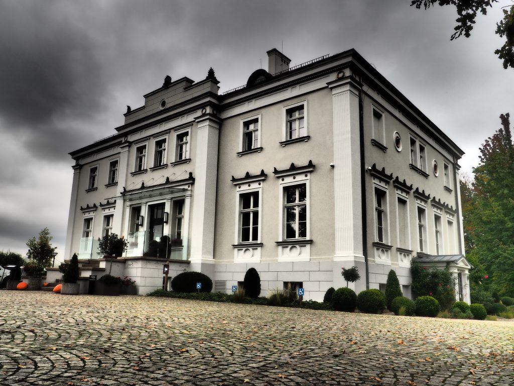 Pałac Jakubus od frontu