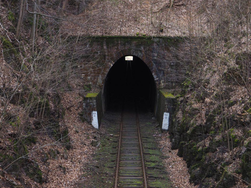 Tunel kolejowy pod Sajdakiem na linii kolejowej Kłodzko- Wałbrzych