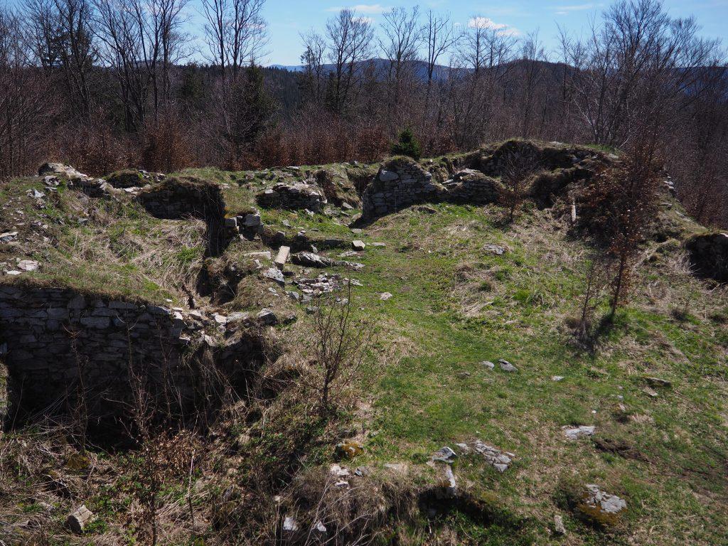 Ruiny Zamku Karpień
