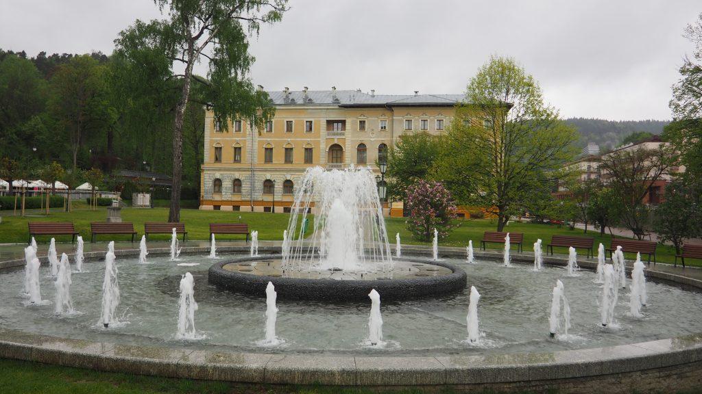 Krynica-Zdrój fontanna w centrum