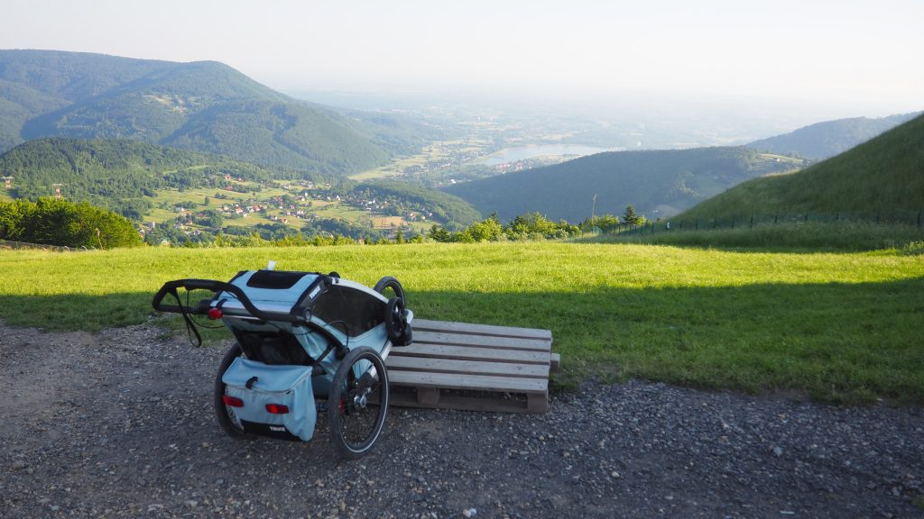 Na Górę Żar bez problemu wjedziemy z wózkiem dziecięcym